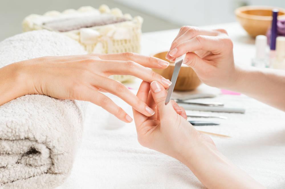 Una manicura que revitaliza tus uñas