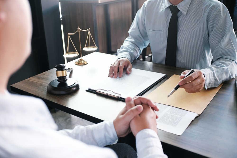 Cómo se elige un buen abogado