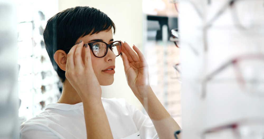 Cómo elegir las gafas de sol ideales tanto para hombres como para mujeres